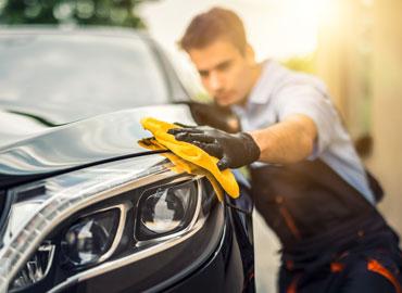 Choisir le nettoyage de voiture sans eau